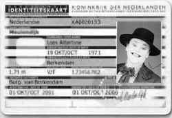 Clownfoto als pasfoto.