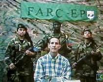 4 december 2000: Fernando Araujo wordt ontvoerd door de FARC. 31 december 2006: hij kan ontsnappen. 19 februari 2007: benoemd tot minister van Buitenlandse Zaken.