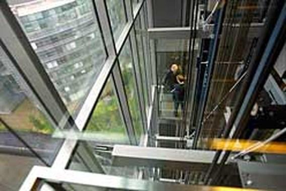 Liftfabrikanten krijgen recordboete voor kartelvorming