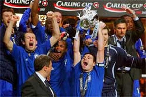 Chelsea wint Ligabeker, maar verliest alweer Terry