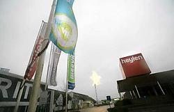 Op de Meubelboulevard mocht men al op zondag openen. Daarom is Denis Heylen van Heylen Meubels niet onverdeeld gelukkig. mdg<br>