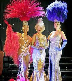 Wie wil in navolging van deze artiesten op het podium van The Stage staan?  The Stage<br>