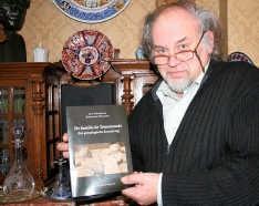 Luc Goossens: ,,De geschiedenis van de Heren van Dendermonde gaar terug tot de zevende eeuw.''<br> Emiel Vermeir
