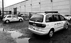 Volgens de vakbonden moet de directie van Group 4 Securicor zich bewust geweest zijn van de belabberde veiligheid op de site in Harelbeke. Van de daders en buit ontbreekt nog elk spoor.belga<br>