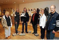 Lievens Tine, Etienne Desmet, Franky Mommerency, Roger Leyn, Magda Clauw en Freddy Vandermeersch dragen bij tot de artistieke route. Isabelle Vanhassel<br>