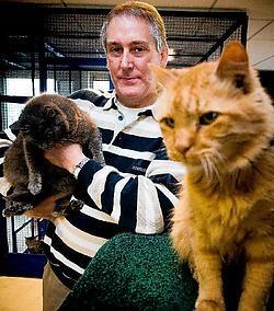 Schepen Luc Bungeneers in het dierenasielWim Daneels<br>