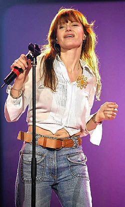 Hasselaren kennen Axelle Red als een grote zangeres, maar ook als iemand met een groot hart die zich inzet voor de minderbe-<br>deelden onder ons. Gbr