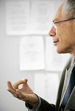 Herman Van Rompuy: 'Ik ben niet naïef, er zal tijd nodig zijn om een akkoord over een nieuwe staatshervorming te sluiten.' Bart Dewaele<br>