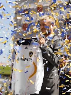 David Beckham met het shirt van LA Galaxy. rtr<br>