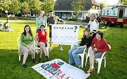 De jeugdraad nodigt alle jongeren uit naar de vijf zomeravondfilms.vacas
