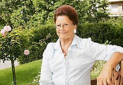 Luisa Marsé is ereburger van Kortenberg, kreeg een award van de American Cancer Society en een gouden Medaille der Kroonorde. 'Maar dat is allemaal relatief hoor, want twee jaar geleden verloor ik mijn tweede borst', zegt ze. <br>