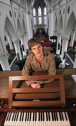 Gertjan Scheir voelt zich goed als vaste organist in Beke.Frederiek Vande Velde<br>