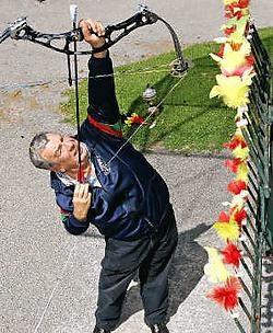 Jef Koekelbergh, keizer in het wipschieten, toont hoe het moet. <br>Koen Merens<br>