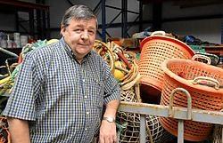 Herman Maeyaert ziet brood in de kweek van vis als alternatief voor het dure vissen op zee. <br> Michel Vanneuville