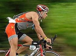 Marc Verbeeck in actie tijdens het fietsen. rr<br>