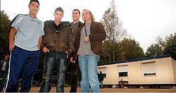 Arktos (hier bij opening van nieuw lokaal in 2005) probeert jongeren tot zinvolle vrijtijdsbesteding aan te zetten.Mine Dalemans