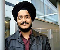 Ravijeet Dang: 'De tulband is voor een sikh meer dan gewoon een kledingstuk. Maar de buitenwipper had daar geen begrip voor.' Herman Ricour