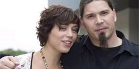 Peter Evrard en Sofie Van Moll zingen nieuwe titelsong 'Thuis'