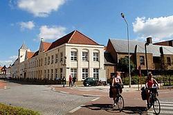 Het teveel aan leerlingen noopt het VTI-bestuur weg te trekken uit het oude schoolgebouw aan de Boeveriestraat. Michel Vanneuville