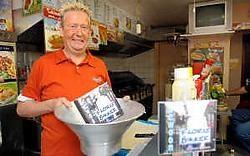 Floris Bakker wil met zijn 'Frietlied' naar de top.Yvan De Saedeleer<br>