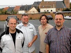 Patrick De Couck, Ivan Belleghem, Rudy Frederic en Rudy Rollenberg ijveren voor een kermis met meer pit. Carol Verstraete