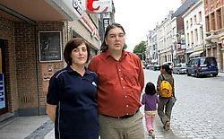 Anja De Wit en Kris Trovisi zijn net als hun collega's tevreden over het verloop van de werkzaamheden, maar niet over het resultaat. Eddy Van Ranst<br>