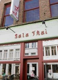 Ons bezoek aan de <br>Sala Thai in de <br>Burgstraat was best geslaagd;<br> Frederiek Vande Velde