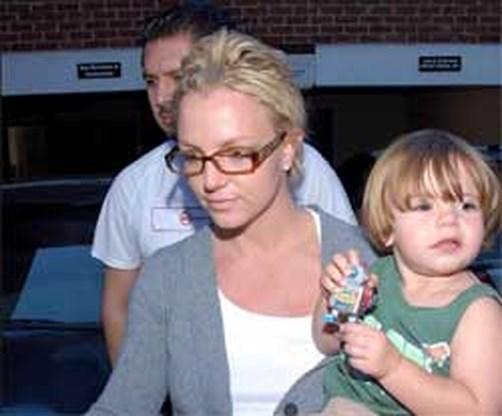 Britney mag een nacht per week met zonen doorbrengen