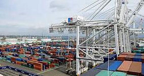 Duitse export duikt onverwacht