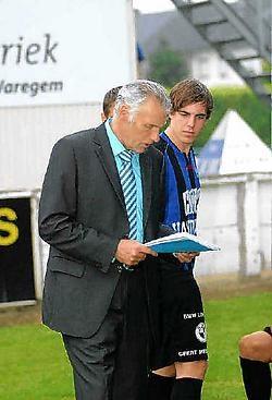Manager Daniël De Paepe wil<br> de eigen supporters <br>niet in de steek laten.<br>Erik Westerlinck