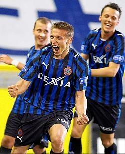 Wesley Sonck bewijst zijn meerwaarde voor Club met zijn eerste doelpunt in bijna anderhalf jaar. Photo News<br>