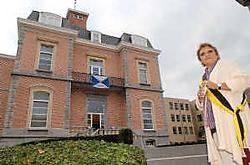 OCMW- voorzitter Marie-Rose Harnie is zeer tevreden over de restauratie van het kasteel.Yvan De Saedeleer<br>
