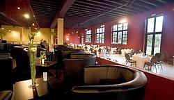 De restaurants van Eetpaleis brengen wereldkeuken. Er is keuze uit zo'n tweehonderd verse ingrediënten. <br>