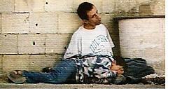 Vader Jamal, met zijn doodgeschoten zoon. Volgens Daniel Seaman, directeur van het Israëlische accreditatiebureau voor journalisten, werden 'de gebeurtenissen in scène gezet door de cameraman van France 2 in Gaza'.afp<br>