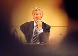 'Na 40 jaar gaat het eindelijk vooruit', aldus commissievoorzitter Pieter De Crem (CD&amp;V). Ivan Put<br>