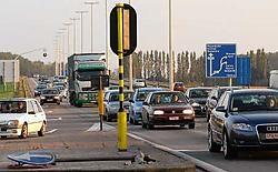 Op het kruispunt aan de Chartreuseweg gebeurde opnieuw een dodelijk ongeval tijdens een kop-staartbotsing. mvn<br>