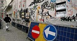 In vele Brusselse straten creëren graffiti een onfrisse en ongezellige omgeving.<br>Herman Ricour<br>