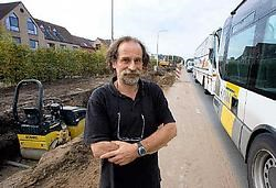 Mark Verlinden klaagt de onveiligheid aan tijdens de werken aan de Liersesteenweg.<br>Jef Collaer<br>
