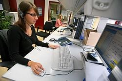 Het systeem van lijntaxi's dat sinds enkele jaren in elf Limburgse gemeenten ingevoerd. Hier een kijkje bij de operatoren. Mine Dalemans<br>
