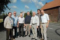 De zeven kandidaten voor de sjerp op de Belgiek: Stefaan Vanwynsberghe, Jacques Derie, Jozef Labeeuw, Geert Deketele, Antonio Pignatelli, Philippe Dewaele en Renaat Vanneste. rr <br>