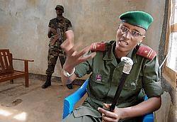 Het lijkt steeds evidenter dat rebellenleider Laurent Nkunda niet om een militaire, maar wel om een politieke reden op vrije voeten blijft.epa<br>