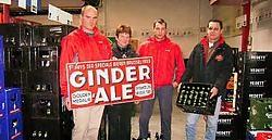 Stefan Hellinckx, Nik Hellinckx, Patricia Spillebeen en Gerry Van Hove van de Bierbron gaan extra bakken Ginder-Ale inslaan.Koen Merens