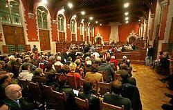 Veel geïnteresseerden kwamen gisteravond de Mechelse gemeenteraad volgen. Inge Van den Heuvel<br>