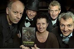 Frank Pollet, Rob Baetens, Moniek Vermeulen, Dirk Bracke en Dirk Nielandt schreven elk twee verhalen, gebaseerd op authentieke volksvertellingen uit het Waasland.<br> Paul De Malsche<br>