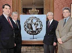 Bij de pareerkaars zien we van links naar rechts we dhr. Van Zuylen, F. De Lophem, G. Arnould en Benoit Kerveyn.mvn<br>