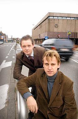Bruno Lahousse (l.) en Kristof Chanterie <br>willen de stationsbuurt grondig aanpakken.<br>David Sstockman<br>