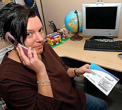 Anja Vanwoensel wil in orde zijn met haar rekeningen, maar haar gesprekken met Electrabel hebben nog niets opgeleverd. Lily Leys