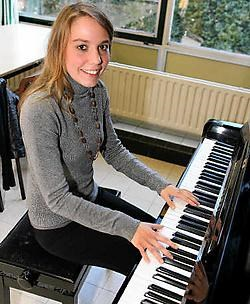 Elisabeth Crommelynck (17) heeft al heel wat internationale afspraken in de agenda staan. Louis Verbraeken