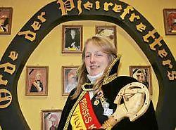 Karine Herremans regeert over het nieuwe carnavalsseizoen. Koen Merens
