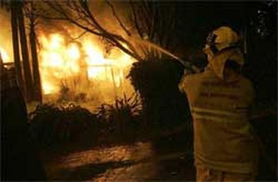 Brand vernielt meer dan 30 huizen in Malibu